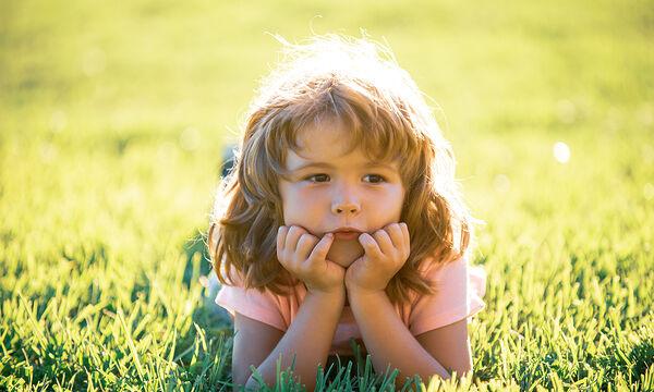 Πέντε τρόποι να βοηθήσετε τα παιδιά σας να εκφραστούν