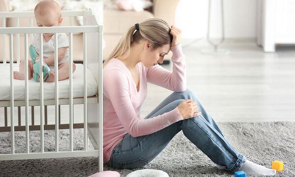 Πέντε λόγοι που μια νέα μαμά νιώθει συνέχεια ενοχές