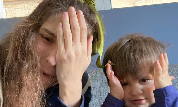 Φωτεινή Αθερίδου: Οι φοβερές φώτο με τον γιο της μέσα σε παιδική σκηνή