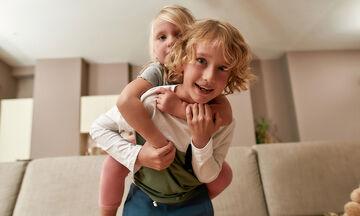 Μεγαλώνοντας αγαπημένα αδέρφια: Πέντε λάθη που κάνουν οι γονείς