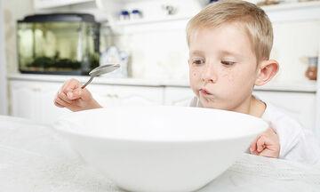 Αυτισμός και διατροφή: Ποια φαγητά θα βοηθήσουν ένα παιδί με αυτισμό