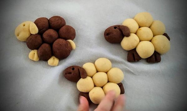 Μαγειρεύουμε παίζοντας: Μπισκότα προβατάκια για τα παιδιά