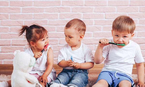 Μην αγχωθείτε αν το παιδί καταπιεί οδοντόκρεμα