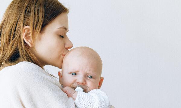 Έρευνα: Πώς συσχετίζονται οι γεννήσεις με την πανδημία