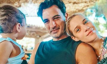 Θεωνά- Αναστασιάδης: Ζωγραφίζουν μαζί με τον γιο τους