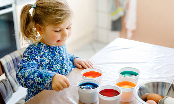 Πασχαλινά πειράματα για παιδιά που μπορείτε να κάνετε στο σπίτι (vids)