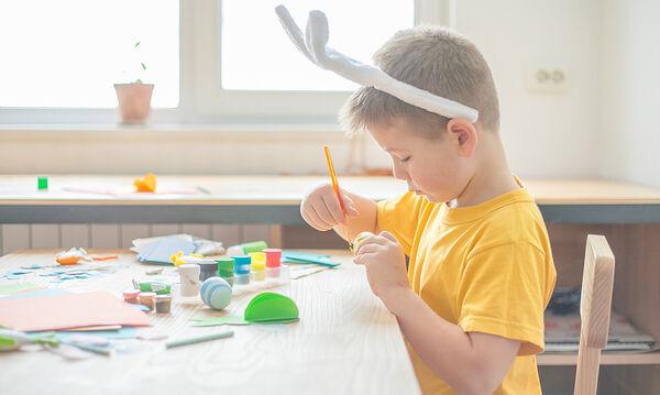 Πασχαλινές κατασκευές για να κρατήσετε τα παιδιά απασχολημένα τα απογεύματα