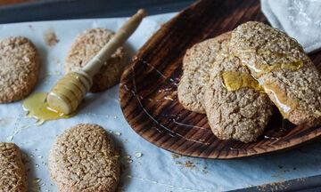 Η πιο εύκολη συνταγή για μπισκότα κανέλας είναι αυτή