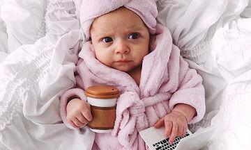 Μωράκια σε ρόλο ενηλίκων - Δείτε χιουμοριστικές φωτογραφίες
