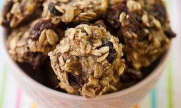 Yγιεινά μπισκότα βρόμης με 3 υλικά - Φτιάξτε τα σε λίγα λεπτά