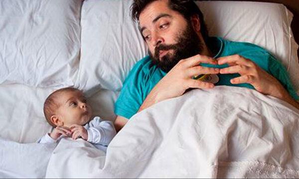 Μπαμπάδες και μωράκια στα πιο ξεκαρδιστικά στιγμιότυπα (vid)