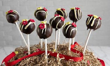 Cake pops με πασχαλινά κουλουράκια