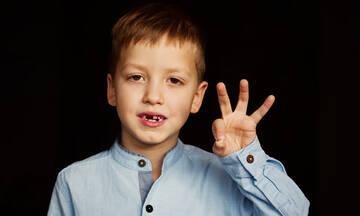 Τα παιδί σας κατάπιε το δόντι του; Τι θέλουν οι οδοντίατροι να κάνετε
