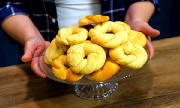 Πανεύκολη συνταγή για νηστίσιμα κουλουράκια πορτοκαλιού με ελάχιστα υλικά