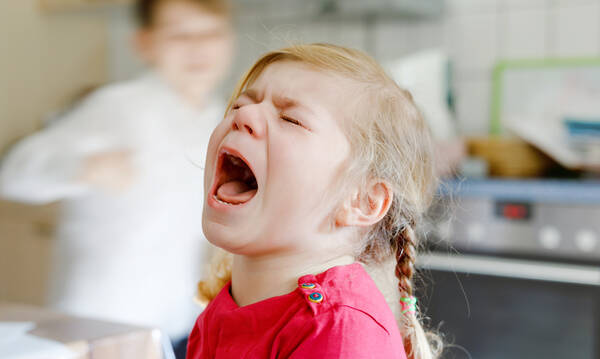 Πώς θα μάθει το παιδί να διαχειρίζεται τον θυμό και τον φόβο του;