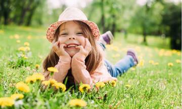 «Σήμερα θα πάρεις… D»: Όταν ένας «κακός βαθμός» είναι ό,τι χρειάζεται το παιδάκι μας!