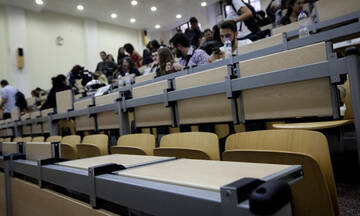 Υπουργείο Παιδείας: Ξεκινούν πρακτικές και εργαστηριακές ασκήσεις φοιτητών - Ανακοίνωση Κεραμέως