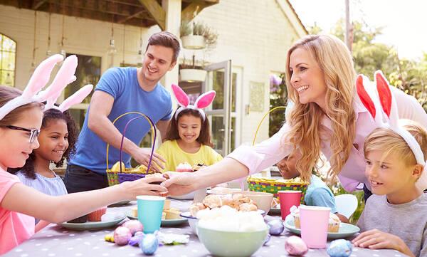 Πάσχα: Μιλήστε στα παιδιά για το έθιμο της μαγειρίτσας και του οβελία