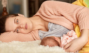 Οι μητέρες δεν χρειάζονται άλλες συμβουλές, ένα χέρι βοηθείας έχουν ανάγκη
