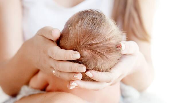 Πέντε τρόποι για να τονώσεις την αυτοπεποίθησή σου ως μαμά