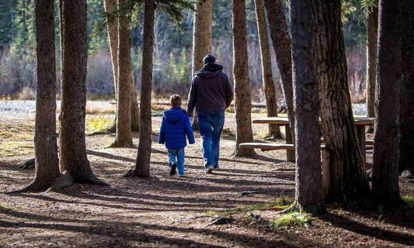 Ενεργοί Μπαμπάδες: Συγκλονιστική επιστολή σε Κυριάκο Μητσοτάκη - Δεν θέλω να ζω χωρίς τα παιδιά μου