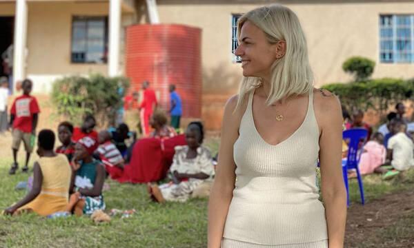 Χριστίνα Κοντοβά: Aνέβασε μια γλυκιά φωτό με το κοριτσάκι που υιοθετεί