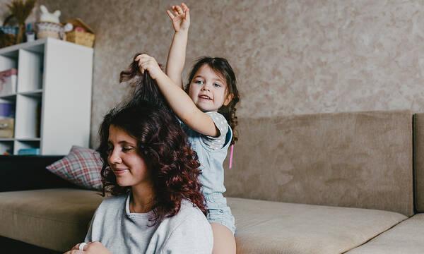 Μανά, Μητέρα, Μαμά - Η Γυναίκα με τους πολλαπλούς ρόλους στην ζωή της