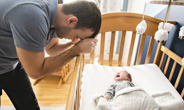 Κινδυνεύουν και οι μπαμπάδες από επιλόχειο κατάθλιψη;