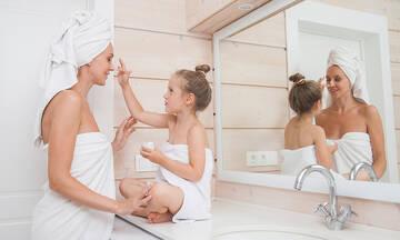Ομορφιά για μαμάδες - Πώς θα κάνεις σωστά καθαρισμό προσώπου