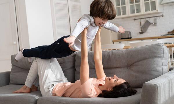 «Πέντε τρόποι με τους οποίους με άλλαξε η μητρότητα»
