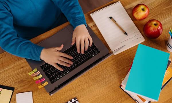 Ψηφιακή Μέριμνα: Ώρα να βρεις το κατάλληλο laptop ή tablet για το παιδί σου με όφελος 200 ευρώ