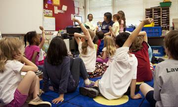 10 εύλογες σκέψεις κάθε μάνας τώρα που ανοίγουν τα σχολεία
