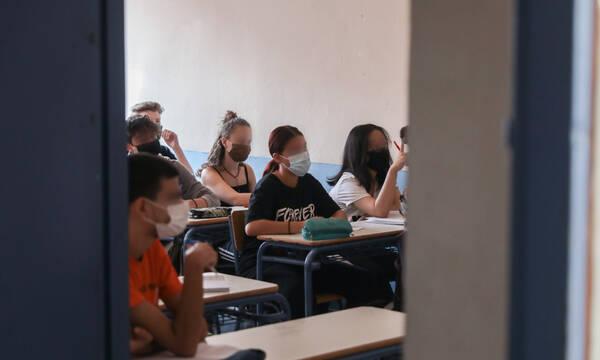 Άνοιγμα σχολείων: 10 χρήσιμες ερωτήσεις και απαντήσεις πριν την επιστροφή των μαθητών