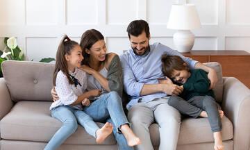 Παγκόσμια Ημέρα Οικογένειας: Τι προσφέρει η οικογένεια στο παιδί;