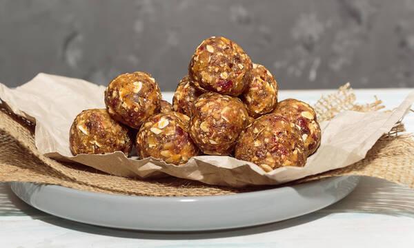Νόστιμα και υγιεινά energy balls για παιδιά που επέστρεψαν στα θρανία