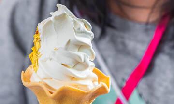 Φτιάξτε μαλακό παγωτό μηχανής στο σπίτι χωρίς παγωτομηχανή με 2 υλικά