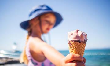 Η πιο εύκολη συνταγή για σπιτικό παγωτό - Θα χρειαστείτε μόνο 3 υλικά