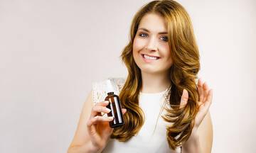 Tips για μαμάδες: Φτιάξτε σπιτικό σπρέι για ταλαιπωρημένα μαλλιά