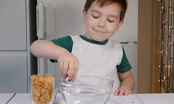 Εύκολο πείραμα για παιδιά με δημητριακά και μαγνήτη - Κάντε το κι εσείς