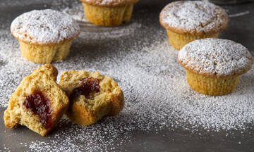 Γεμιστά muffins με μαρμελάδα δαμάσκηνο - Τα παιδιά θα ξετρελαθούν