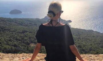 Ελληνίδα γεννά από στιγμή σε στιγμή-Τα σχόλια των γνωστών μαμάδων φίλων της
