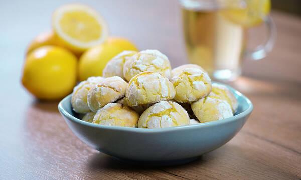 Σνακ για τα παιδιά: Σπιτικά μπισκότα λεμονιού χωρίς γλουτένη