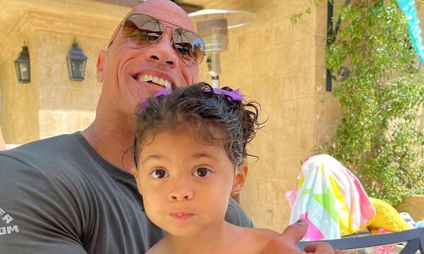 Η κόρη του Dwayne Johnson είναι ξετρελαμένη με τον Aquaman - Απίθανο βίντεο