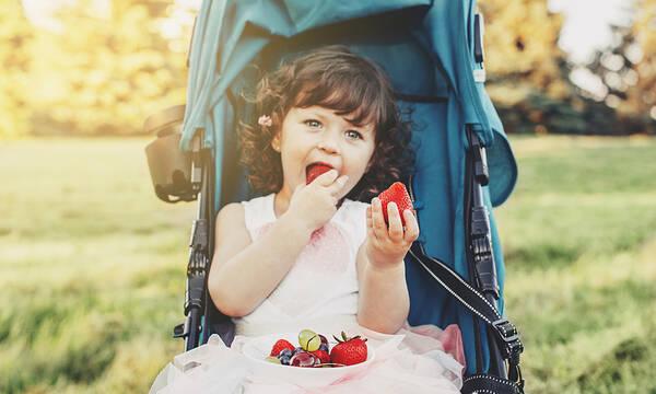 Υγιεινό καλοκαιρινό σνακ για παιδιά