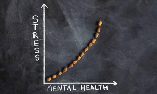 Άγχος και διατροφή: συμπτώματα και τι πρέπει να γνωρίζουμε