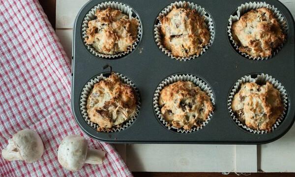 Muffins με μανιτάρια - Νόστιμο και υγιεινό σνακ για το σχολείο