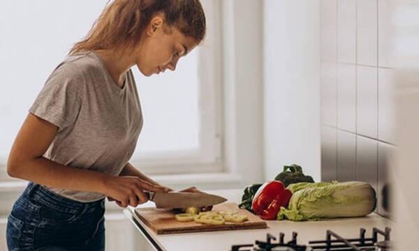Σκέφτεσαι να γίνεις vegan ή vegetarian; Να τι πρέπει να προσέξεις