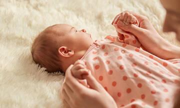 Πόσο καλά ακούνε τα νεογέννητα;