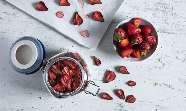 Αποξηραμένες φράουλες - Δείτε πώς θα τις φτιάξετε