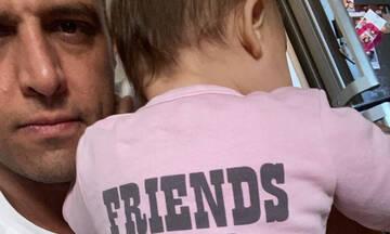 Σάββας Πούμπουρας: Αεροπορικό ταξίδι με την κόρη του - Δείτε φώτο